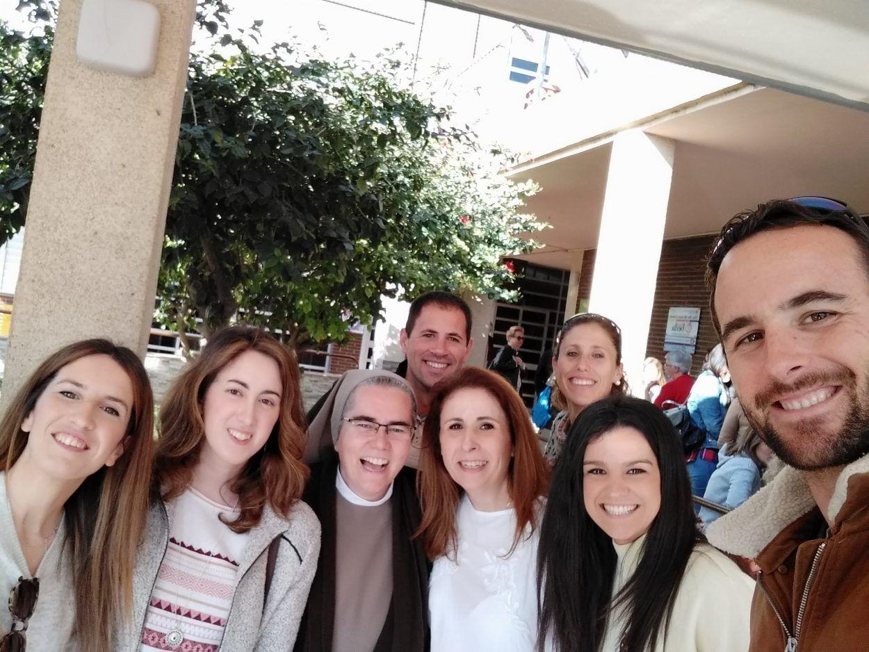 Formamos una gran FAMILIA, encuentro de profesores en Melilla.